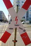 Cruz roja y blanca vertical, muestra de la prohibición Imágenes de archivo libres de regalías