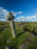 Cruz ventosa Dartmoor del poste. Fotografía de archivo