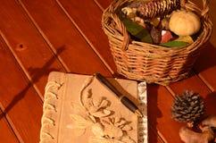 Cruz y cesta Imagen de archivo libre de regalías