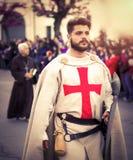 Cruzado medieval durante uma representação exterior Foto de Stock Royalty Free