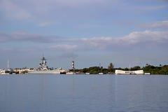 Cruzador de batalha Missouri e memoriais do Arizona - Pearl Harbor imagens de stock