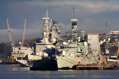 Cruzador de batalha na doca, Plymouth, U Imagem de Stock