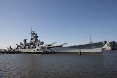 Cruzador de batalha USS New-jersey em Camden, NJ Imagens de Stock Royalty Free