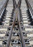 cruzamento das trilhas de estrada de ferro Fotos de Stock Royalty Free