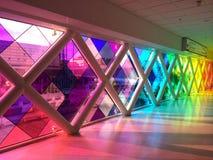 Cruzamento do arco-íris no aeroporto Fotos de Stock