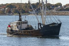 Cruzamento oriental Bedfo novo da descoberta do barco de pesca comercial do equipamento imagens de stock royalty free