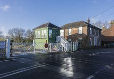 Cruzamento Railway, Chartham, Kent, Reino Unido imagens de stock