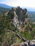 Cruze na rocha, montes, Crimeia Imagens de Stock