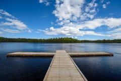 Cruze o lago Imagem de Stock Royalty Free
