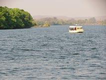 Cruzeiro Zambezi River - Victoria Falls - Zâmbia e Zimbabwe Foto de Stock