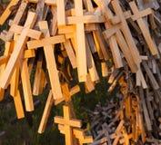 Cruzes de madeira christianity fotos de stock