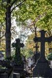 Cruzes no cemitério Imagens de Stock