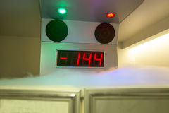 cryotherapy kapsel Fotografering för Bildbyråer