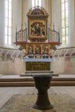 Crypt z pogrzebem pod kościół transakci St Nicholas w kasztelu w Starym mieście Sighisoara miasto w Rumunia Obraz Royalty Free