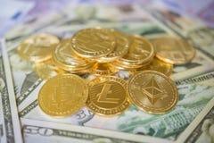 Crypto collection d'ensemble de pièce de monnaie de devise, bitcoin, ethereum, litecoin photographie stock libre de droits