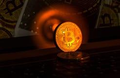 Crypto waluta - Bitcoin pieniądze na motebook Zdjęcia Stock