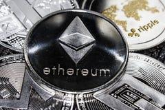 Cryptocurrencies czochry Ethereum Litecoin Monero junakowanie Zdjęcie Royalty Free