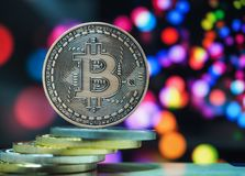 Cryptocurrencies virtuels d'argent de Bitcoin photographie stock libre de droits
