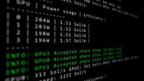 Cryptocurrency采矿软件编码跑在个人计算机屏幕密码学概念- 影视素材