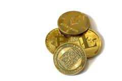 Cryptocurrency монеток изолированное на белой предпосылке стоковое фото rf