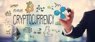 Cryptocurrency με τον επιχειρηματία στοκ εικόνες