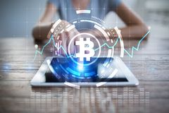 Cryptocurrency graf på den faktiska skärmen Affärs-, finans- och teknologibegrepp Bitcoin Ethereum royaltyfri fotografi
