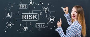 Cryptocurrency ICO与少妇的风险题材 免版税库存图片