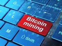 Cryptocurrency-Konzept: Bitcoin-Bergbau auf Computertastaturhintergrund stock abbildung