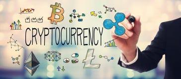 Cryptocurrency met zakenman stock foto