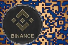 Cryptocurrency simbólico da moeda do binance do bnb no fundo do código cripto do ouro foto de stock royalty free