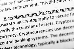Cryptocurrencyverklaring of beschrijving in woordenboek of artikel Sluit omhoog met nadruk op cryptocurrency stock foto's