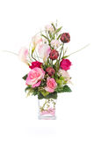 与玻璃花瓶,桃红色cryst的装饰人为塑料花 库存图片