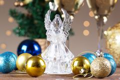 Crystal Angel en el fondo de las bolas de la Navidad Año Nuevo Imagenes de archivo