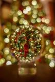 Crystal Ball Photo da árvore de Natal fotos de stock