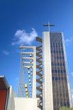 Crystal Cathedral Church comme endroit de Dieu d'éloge et de culte en Californie Images libres de droits