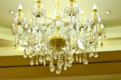 Crystal Chandelier luxuoso fotografia de stock royalty free