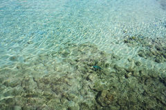 Crystal clear water in Aruba Royalty Free Stock Photos