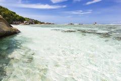 Crystal Clear Water, La Digue, Seychellen lizenzfreies stockbild