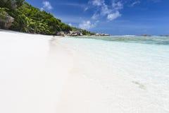 Crystal Clear Water, La Digue, Seychellen stockfotografie