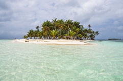 Crystal clear water at perfect caribbean island. San Blas, Panama. Central America. Stock Photography