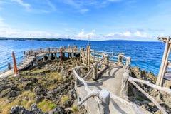Crystal Cove is een klein eiland dat de hop van het toeristeneiland aantrekt stock fotografie
