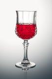 Crystal Glass avec Rose Wine Photos libres de droits