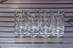 4 Crystal Glasses sul lavandino Fotografia Stock Libera da Diritti