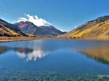 Crystal Lake le long de million de route du dollar photographie stock libre de droits