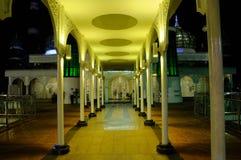 Crystal Mosque i Terengganu, Malaysia på natten Royaltyfri Foto