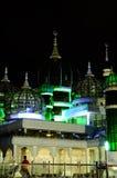 Crystal Mosque i Terengganu, Malaysia på natten Arkivbild