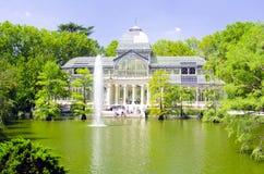 Crystal Palace (cristal Palacio de) i Retiro parkerar, Madrid Arkivbild