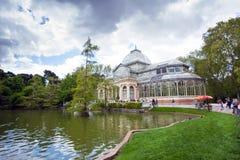 Crystal Palace (cristal Palacio de) i Retiro parkerar, Madrid Arkivbilder