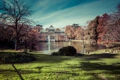 Crystal Palace (cristal Palacio de) i Retiro parkerar, Madrid, Spanien Royaltyfri Foto