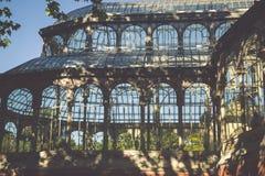 Crystal Palace (cristal Palacio de) i Retiro parkerar, Madrid, Spanien Fotografering för Bildbyråer